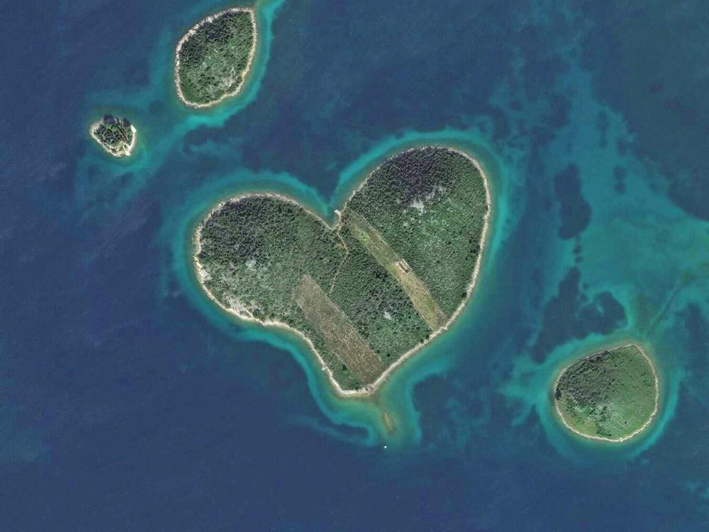 Galešnjak island